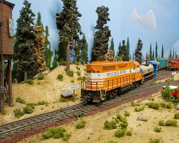 Trackside Model Railroading HO scale McCloud River Railroad