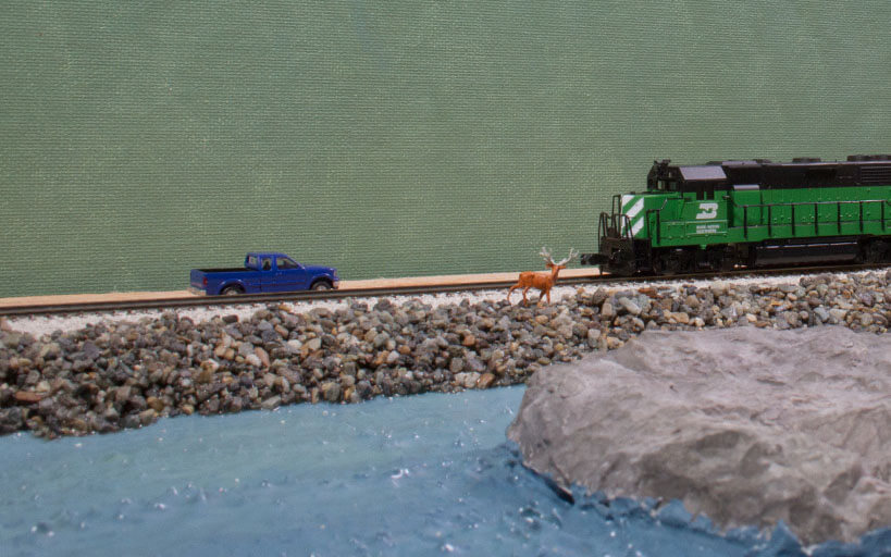 Trackside Model Railroading, Build a rocky shore line in N scale
