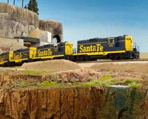 Santa Fe Model Train in HO Scale